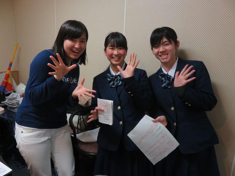 泉高等学校制服画像