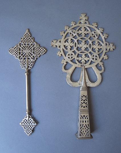 エチオピアの十字架_e0111789_11215548.jpg