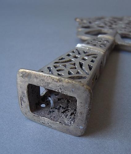 エチオピアの十字架_e0111789_11244216.jpg