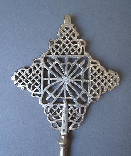 エチオピアの十字架_e0111789_11262027.jpg