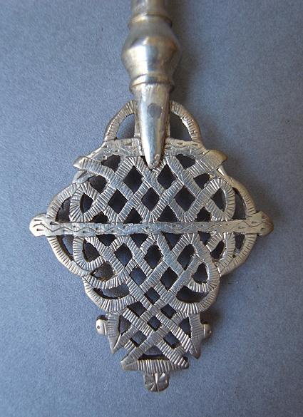 エチオピアの十字架_e0111789_1137512.jpg