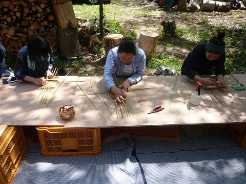 竹かご(四海波)作りワークショップ_d0184405_1904879.jpg