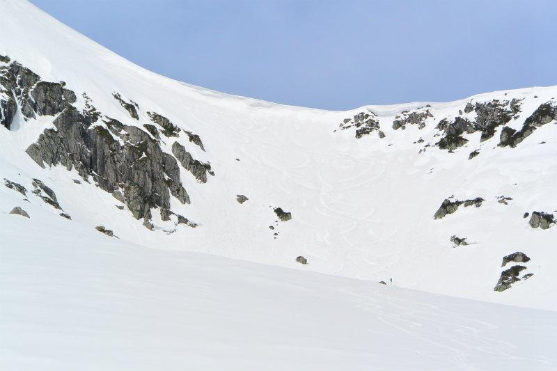 黒部源流域 スキー マウンテニアリング ツアー 高天原温泉編_d0110562_23541664.jpg