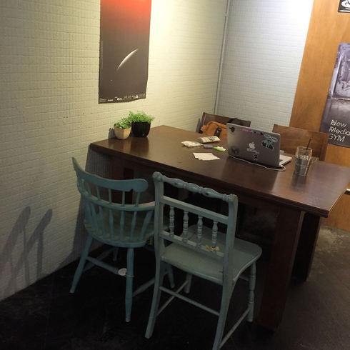 台北旅行記 その3 台北の素敵カフェ「515 CAFE & BOOKS」_f0054260_17345234.jpg