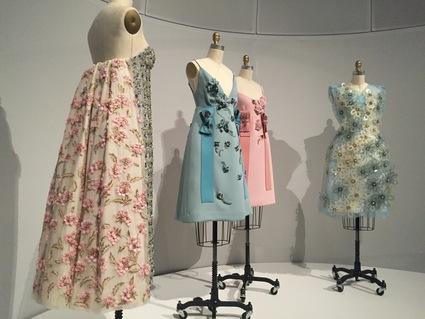 必見!メトロポリタン美術館のファッション展覧会「Manus x Machina 」は見逃したら損するレベル!_c0050387_15123925.jpg