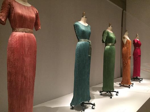 必見!メトロポリタン美術館のファッション展覧会「Manus x Machina 」は見逃したら損するレベル!_c0050387_1542100.jpg