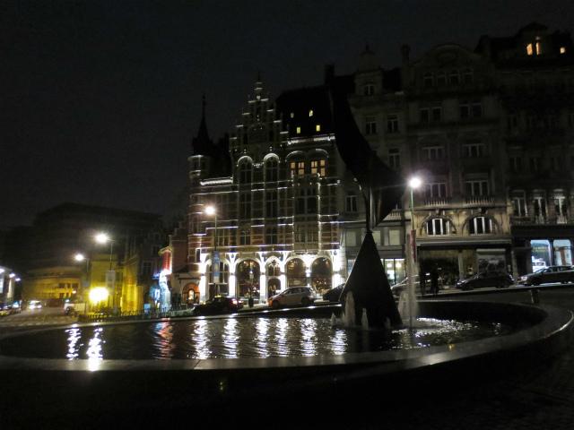 ブリュッセルへ19 グラン・プラス_b0064411_06090690.jpg