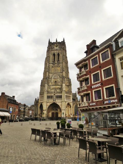 ブリュッセルへ20 近郊の町、Tongeren1_b0064411_06261855.jpg