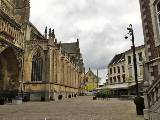 ブリュッセルへ20 近郊の町、Tongeren1_b0064411_06295500.jpg