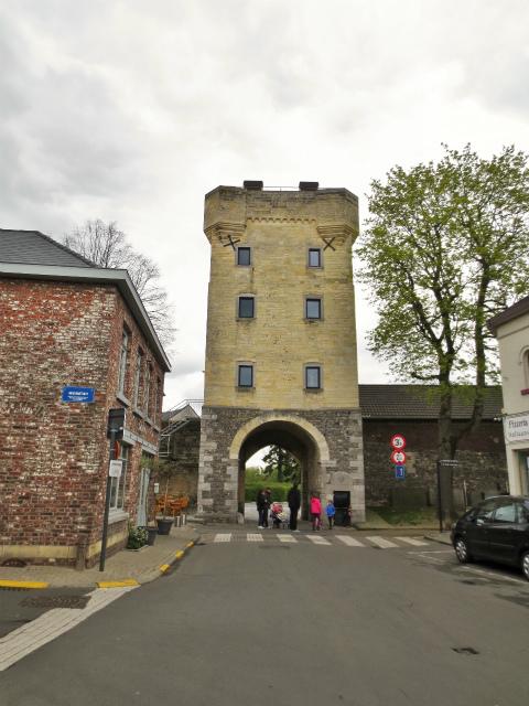 ブリュッセルへ22 近郊の町、Tongeren3_b0064411_07130393.jpg