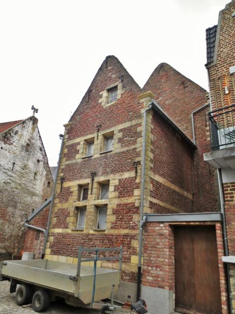 ブリュッセルへ22 近郊の町、Tongeren3_b0064411_07164709.jpg