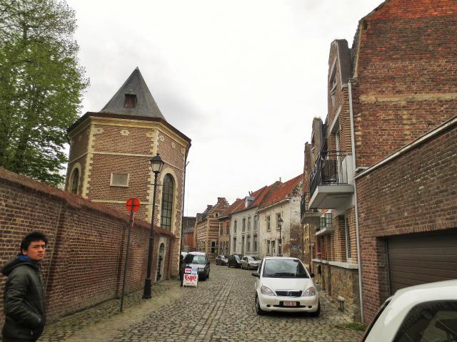 ブリュッセルへ22 近郊の町、Tongeren3_b0064411_07164753.jpg