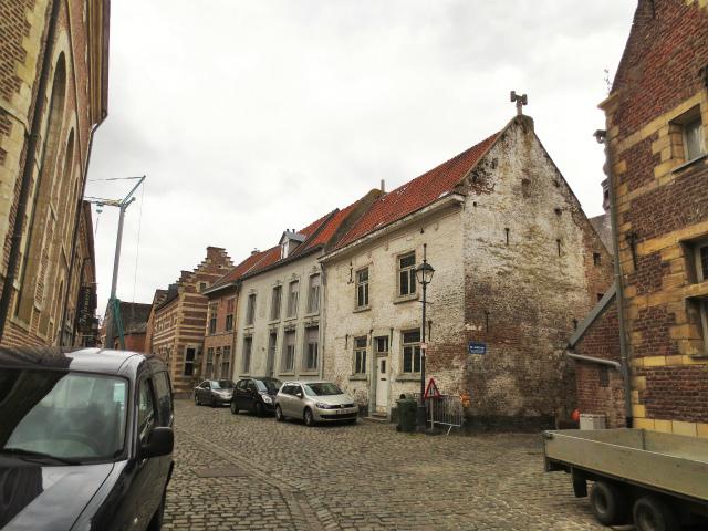 ブリュッセルへ22 近郊の町、Tongeren3_b0064411_07164776.jpg