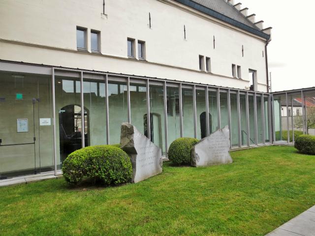 ブリュッセルへ22 近郊の町、Tongeren3_b0064411_07185315.jpg