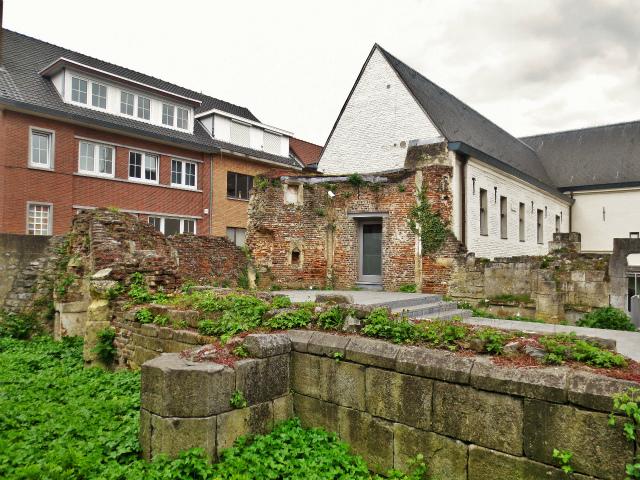 ブリュッセルへ22 近郊の町、Tongeren3_b0064411_07211373.jpg