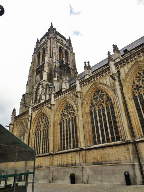 ブリュッセルへ22 近郊の町、Tongeren3_b0064411_07230790.jpg