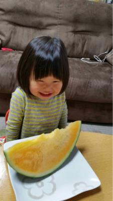 スイカ☆*:.。. o(≧▽≦)o .。.:*☆_a0258349_14273098.jpg