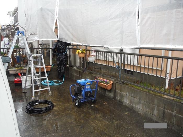 屋根・外壁の塗り替え ~ 水洗い_d0165368_444166.jpg