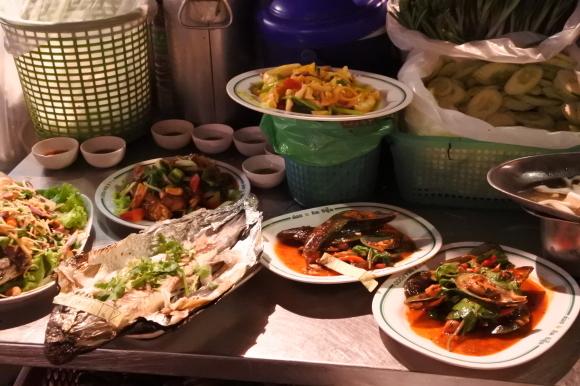 2015.05 BKK⑳ TK SEA FOOD でエビ~~~!!_e0219520_17012303.jpg