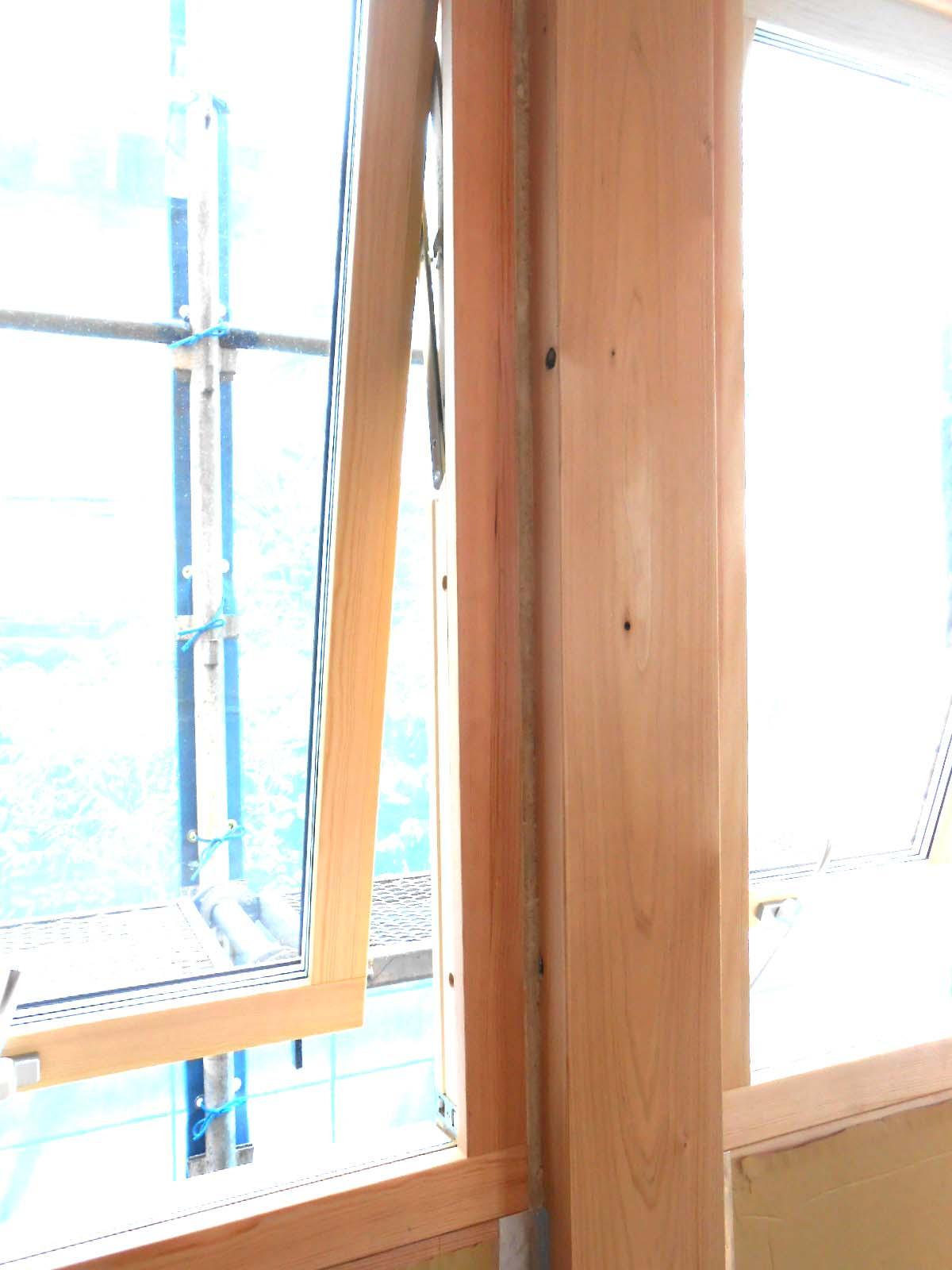 気密、断熱、木製窓_c0066693_14532239.jpg