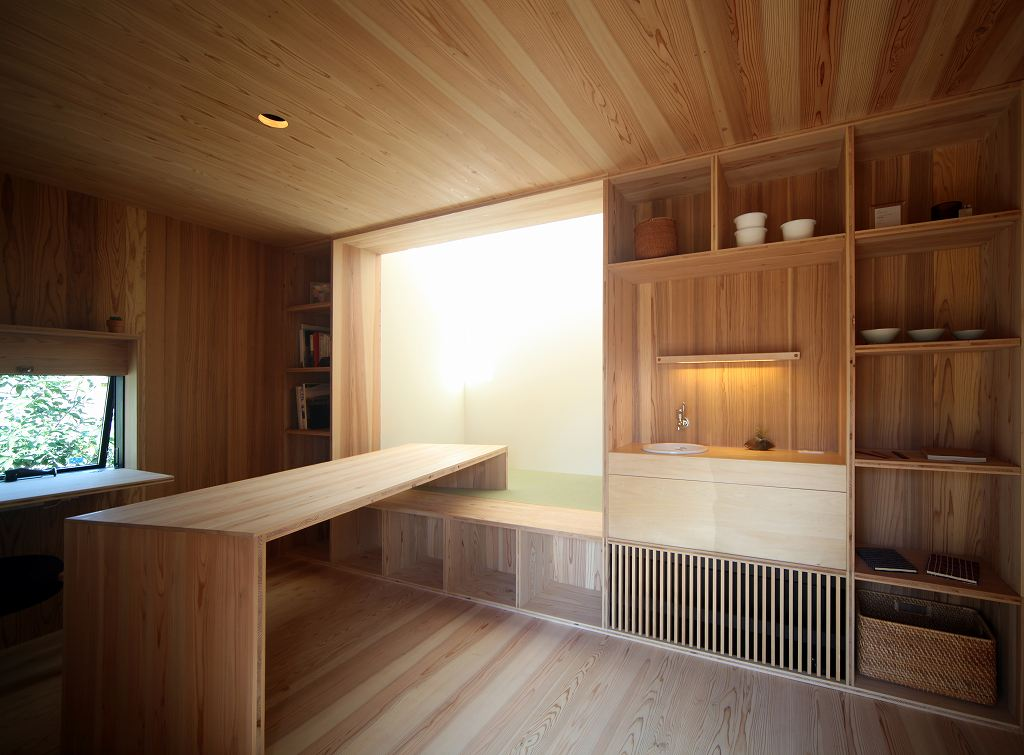 小泉誠さんがデザインした小さな家_b0015157_11431071.jpg
