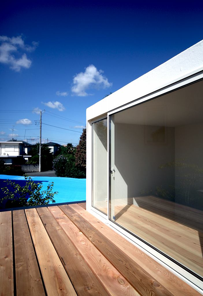 小泉誠さんがデザインした小さな家_b0015157_1143359.jpg