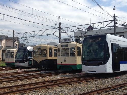 市内電車の乗り場~富山駅から乗る場合~_a0243562_16400783.jpg