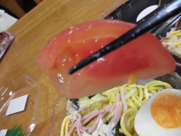 デイリーカナートのおばあちゃんのバラ寿司と冷やし中華_c0118393_16362012.jpg