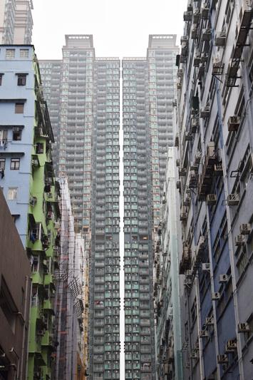 香港建築案内_e0131432_13405757.jpg