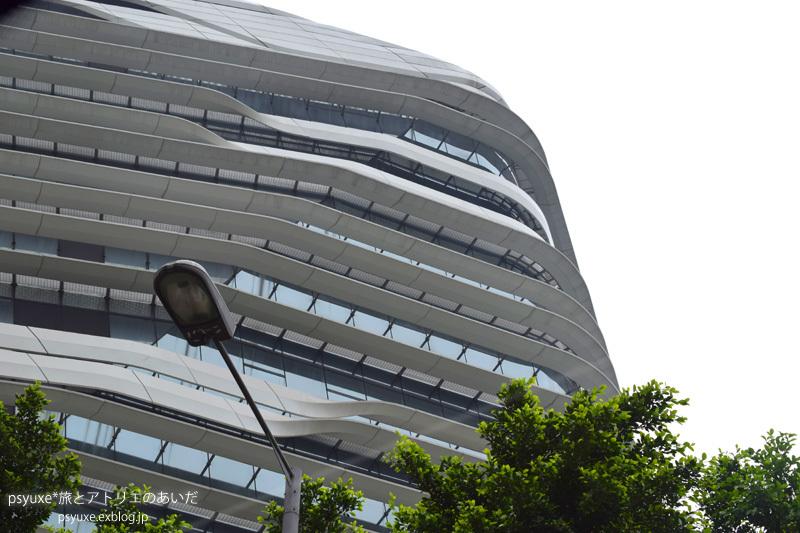 香港建築案内_e0131432_21080267.jpg