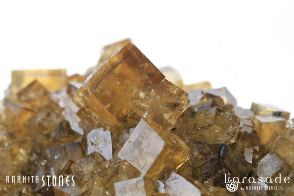 イエローフローライト原石(モロッコ産)_d0303974_1657446.jpg