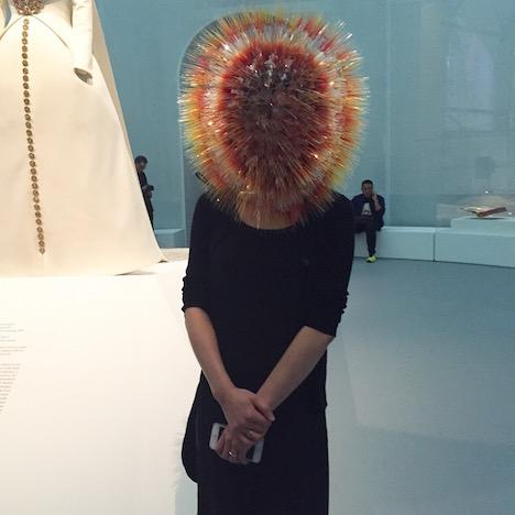 メトロポリタン美術館とビヨークに抜擢された日本人デザイナー、武田麻衣子さんのヘッドピースがすごい!_c0050387_155032.jpg