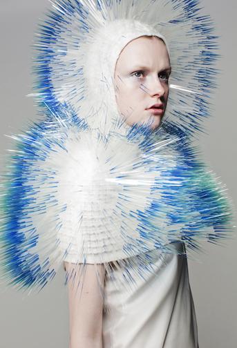 メトロポリタン美術館とビヨークに抜擢された日本人デザイナー、武田麻衣子さんのヘッドピースがすごい!_c0050387_158619.jpg