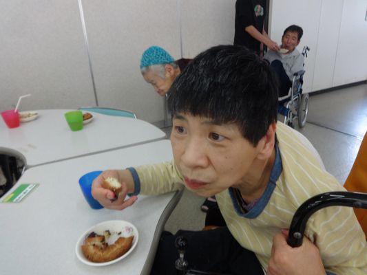5/15 日曜喫茶_a0154110_160312.jpg