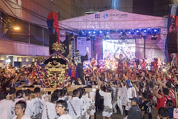 ジャカルタで 愛と奇跡の日イ交流 第7回ブロックM縁日祭 20万人 ...