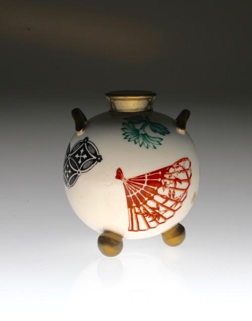 Royal Worcester Japonesque Vase_c0108595_22575952.jpg