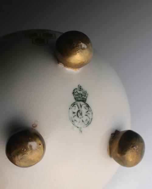 Royal Worcester Japonesque Vase_c0108595_225894.jpg