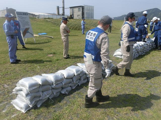 昨年9月の鬼怒川水害を思い出す中での28年度富士市水防訓練_f0141310_7585362.jpg