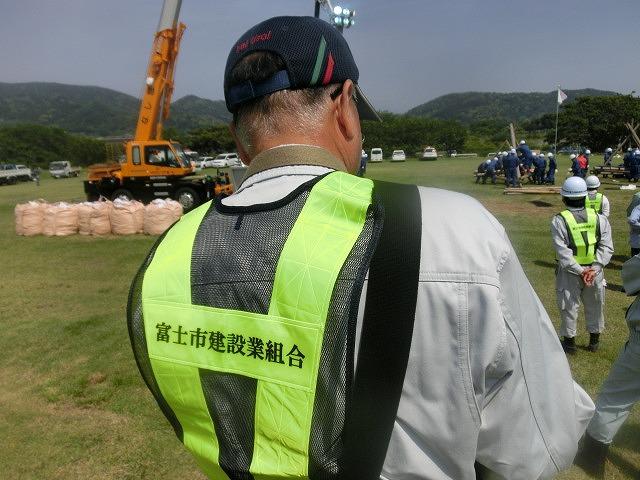 昨年9月の鬼怒川水害を思い出す中での28年度富士市水防訓練_f0141310_759416.jpg