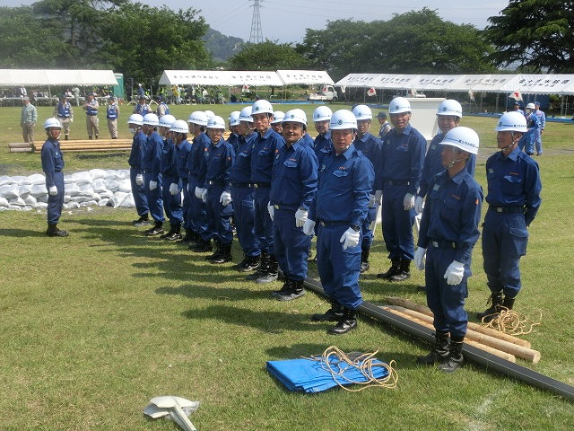 昨年9月の鬼怒川水害を思い出す中での28年度富士市水防訓練_f0141310_81468.jpg