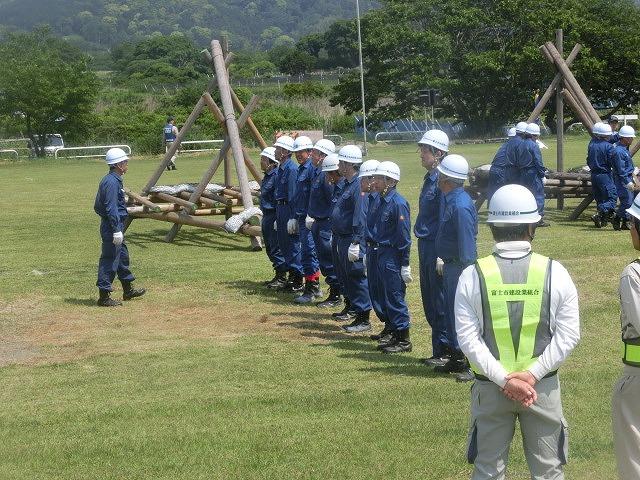 昨年9月の鬼怒川水害を思い出す中での28年度富士市水防訓練_f0141310_8389.jpg
