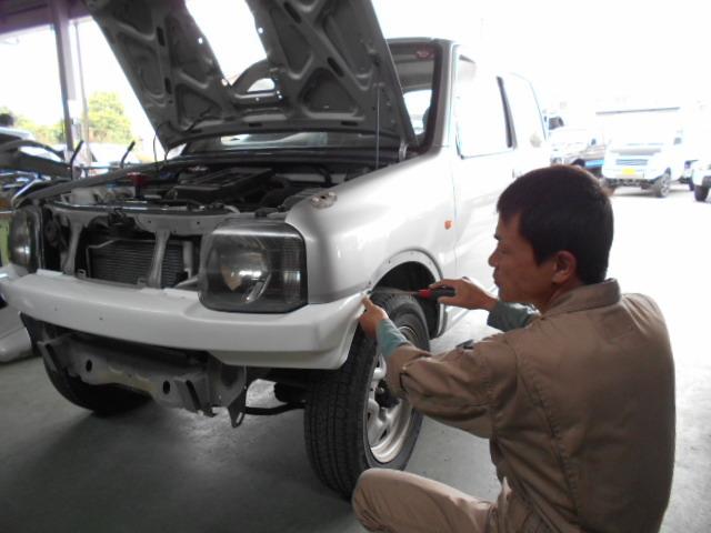 H17年 JB23W ジムニー 入荷しました♪展示車両作製開始★_c0213517_11385378.jpg