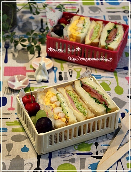 リベンジ湯種食パンでサンドイッチ弁当♪_f0348032_19035500.jpg