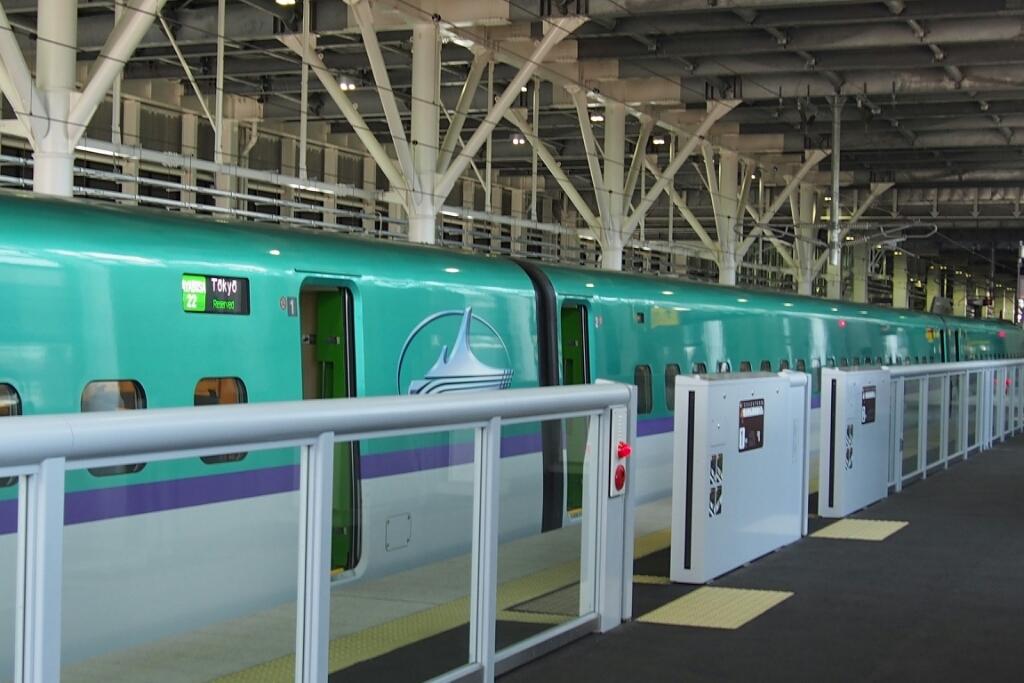北海道新幹線はやぶさ_b0106766_21375610.jpg