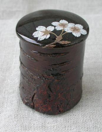 桜皮抜き茶器_e0200879_1059364.jpg