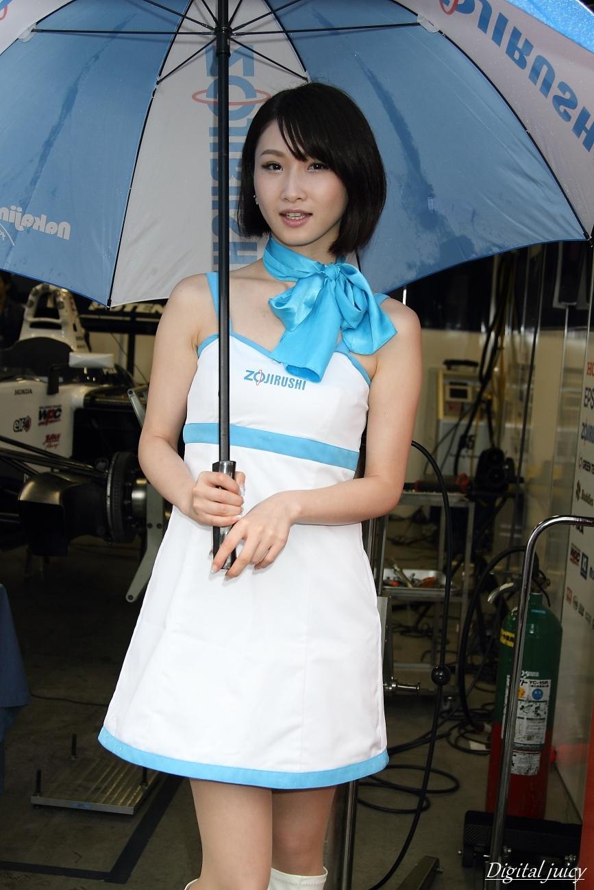 春野佳弥 さん(ZOJIRUSHI Circuit Lady)_c0216181_23182333.jpg