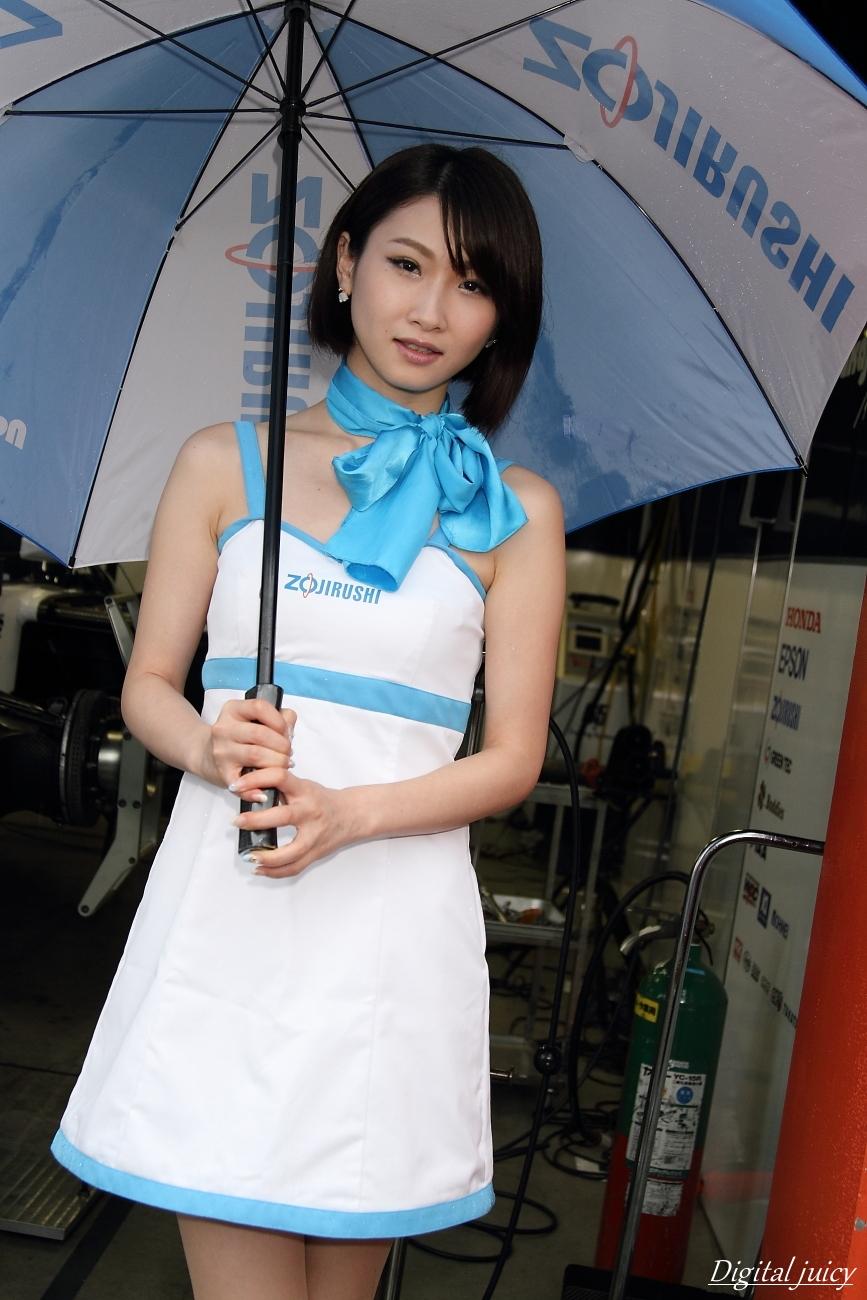 春野佳弥 さん(ZOJIRUSHI Circuit Lady)_c0216181_23185448.jpg