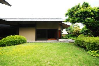白井 晟一作の杉浦邸を見学できました。_c0195909_10473494.jpg