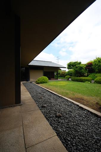白井 晟一作の杉浦邸を見学できました。_c0195909_10473959.jpg