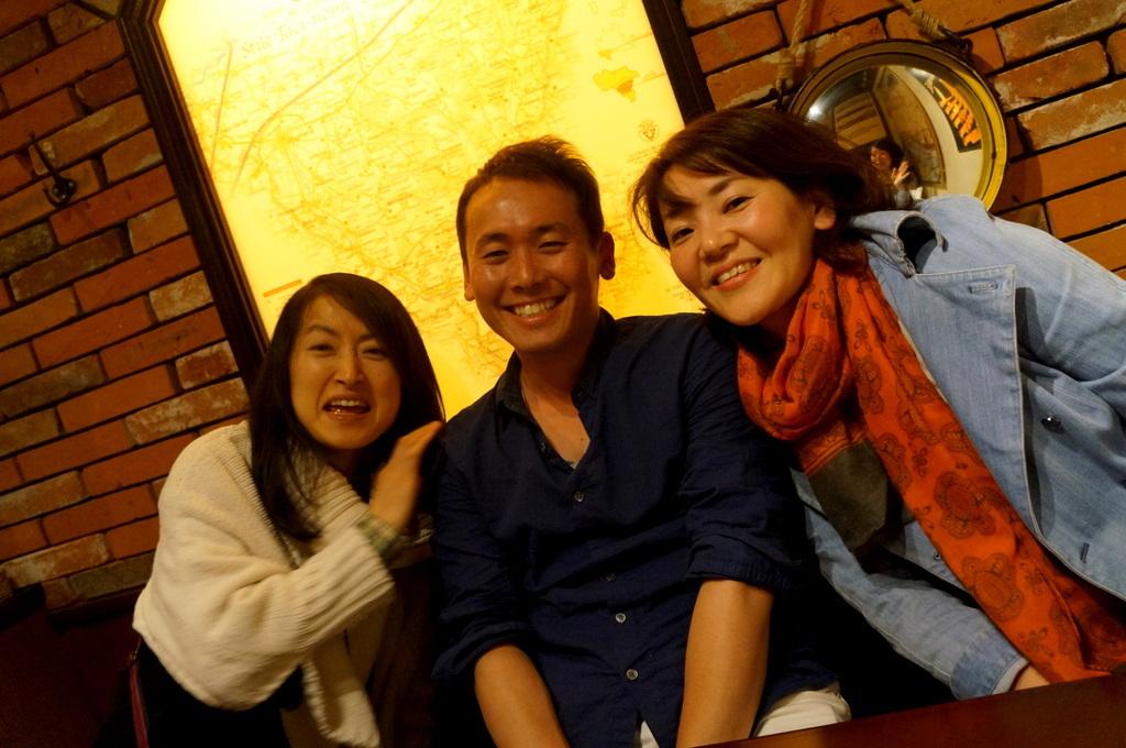 横浜レンガ倉庫、春のビール祭りにて。_c0180686_23500303.jpg
